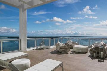 Home for Sale at 900 Brickell Key Bl #Ph-04, Miami FL 33131
