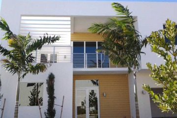Home for Rent at 10130 NW 74 Terr, Doral FL 33178