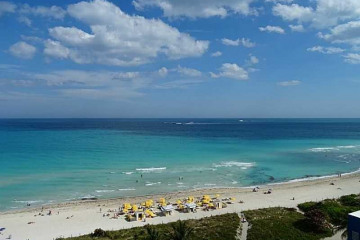 Home for Rent at 6301 Collins Ave #2708, Miami Beach FL 33141