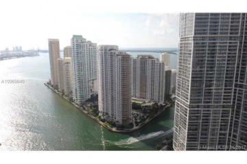 Home for Sale at 200 Biscayne Boulevard Way #4105, Miami FL 33131