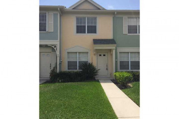 Home for Sale at 16650 Hemingway Dr #16650, Weston FL 33326