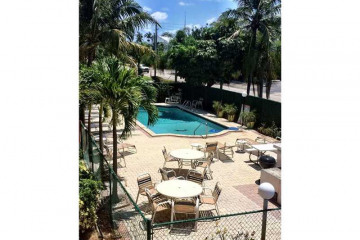 Home for Sale at 2175 NE 56th St #107, Fort Lauderdale FL 33308