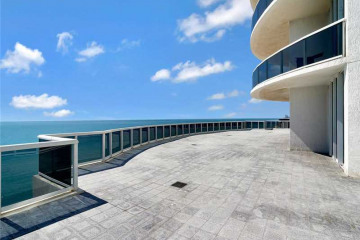 Home for Sale at 15901 Collins Ave #601 #601, Sunny Isles Beach FL 33160