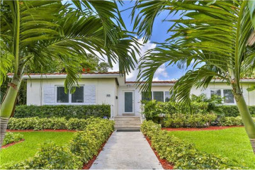 Home for Sale at 528 NE 72nd St, Miami FL 33138