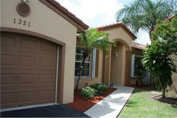 Home for Sale at 1321 NW 125th Ter, Sunrise FL 33323