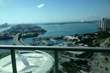 Home for Rent at 888 Biscayne Bl #4204, Miami FL 33132