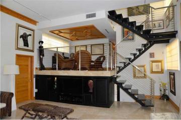 Home for Sale at 145 E Enid Dr #24 #24, Key Biscayne FL 33149