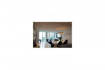 Home for Rent at 465 Brickell Ave #816, Miami FL 33131