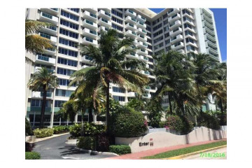 Home for Sale at 1200 West Ave #427 #427, Miami Beach FL 33139