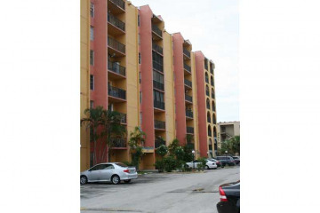 Home for Sale at 4717 NW 7th St #305-10, Miami FL 33126