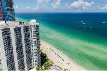 Home for Sale at 16699 Collins Ave #3506, Sunny Isles Beach FL 33160