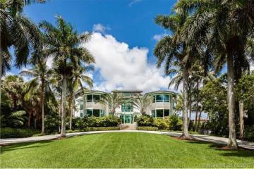 Home for Sale at 20 Tahiti Beach Island Rd, Coral Gables FL 33143