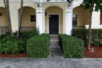 Home for Sale at 211 SW 6th Pl #211 #211, Pompano Beach FL 33060