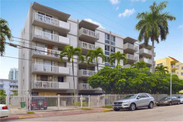 Home for Rent at 1670 Bay Rd #2d #2D, Miami Beach FL 33139