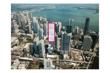 Home for Sale at 999 SW 1st Ave #1611, Miami FL 33130