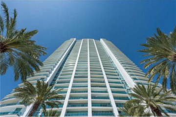 Home for Rent at 1331 Brickell Bay Dr #1908, Miami FL 33131