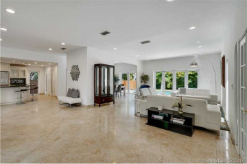 Home for Rent at 1443 W 21st St, Miami Beach FL 33140