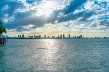 Home for Sale at 4412 N Bay Rd, Miami Beach FL 33140