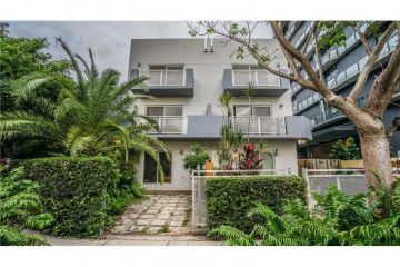 Home for Sale at 235 SW 17th Rd #102, Miami FL 33129