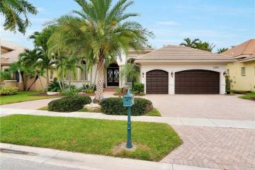 Home for Sale at 10889 Blue Palm St, Plantation FL 33324