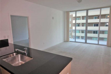 Home for Sale at 1111 SW 1st Ave #1422N, Miami FL 33130