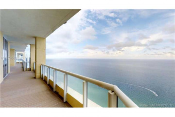 Home for Sale at 17875 Collins Ave #PH4806, Sunny Isles Beach FL 33160