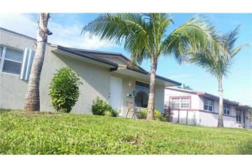Home for Sale at 1611 NW 168th Ter, Miami Gardens FL 33169