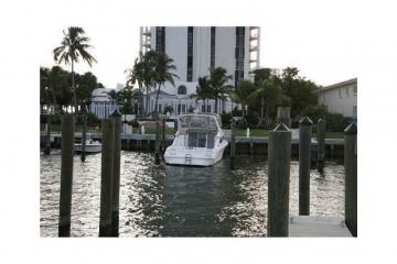 Home for Sale at 1000 Quayside Ter #803 #803, Miami FL 33138