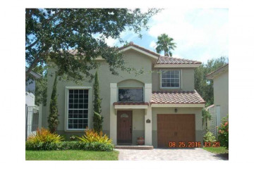Home for Sale at 2631 E Saratoga Dr, Cooper City FL 33026