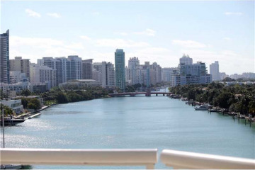 Home for Rent at 6820 Indian Creek Dr #8e, Miami Beach FL 33141