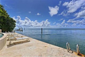 Home for Sale at 720 S Mashta Dr, Key Biscayne FL 33149