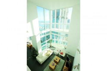Home for Sale at 951 Brickell Avenue #4310, Miami FL 33131