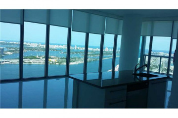Home for Sale at 888 Biscayne Blvd #5208, Miami FL 33132