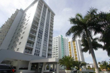 Home for Sale at 1228 West Ave #904 #904, Miami Beach FL 33139