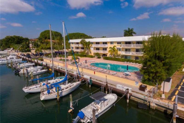 Home for Sale at 100 Edgewater Dr #309, Coral Gables FL 33133