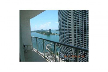 Home for Sale at 1750 N Bayshore Dr #2106, Miami FL 33132