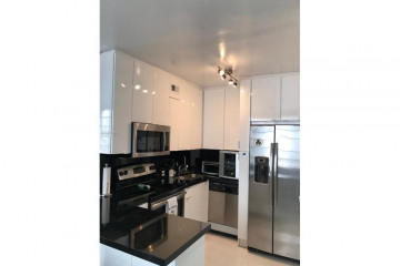 Home for Sale at 1776 James Ave #7g, Miami Beach FL 33139
