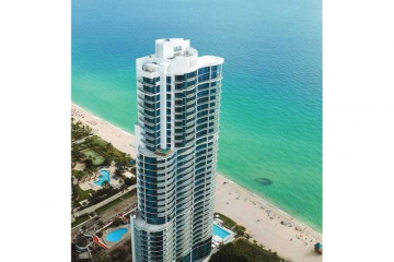 Home for Sale at 17475 Collins Ave #PH-3201, Sunny Isles Beach FL 33160