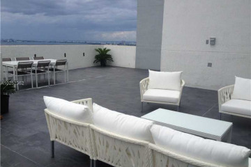 Home for Sale at 244 Biscayne Blvd #Ph4908, Miami FL 33132