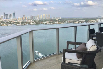 Home for Sale at 17301 Biscayne Blvd #2210 N, Aventura FL 33160