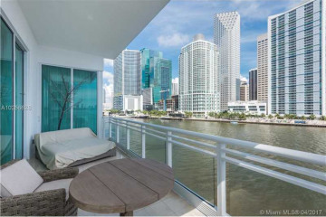 900 Brickell Key Blvd #503