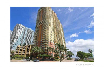 Home for Sale at 1155 Brickell Bay Dr #1407, Miami FL 33131