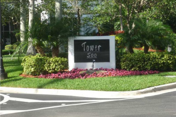Home for Sale at 3530 Mystic Pointe Dr #1704 #1704, Aventura FL 33180