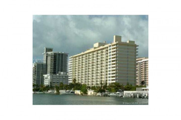 Home for Sale at 5600 Collins Av #5B, Miami Beach FL 33140