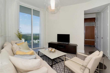 Home for Sale at 15811 Collins Ave #2905, Sunny Isles Beach FL 33160