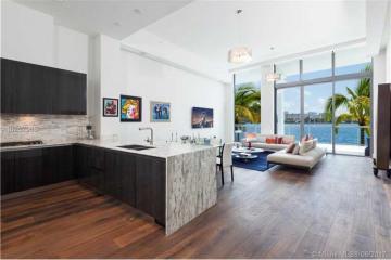 Home for Sale at 3250 NE 188th St #L110, Miami FL 33180