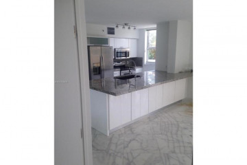 Home for Sale at 90 Alton Rd #612, Miami Beach FL 33139