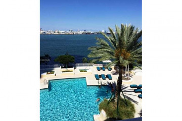 Home for Sale at 848 Brickell Key Dr #701, Miami FL 33131