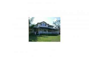 Home for Sale at 20530 SW 51st St, Pembroke Pines FL 33332