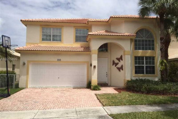 Home for Sale at 1213 NW 167th Ave, Pembroke Pines FL 33028